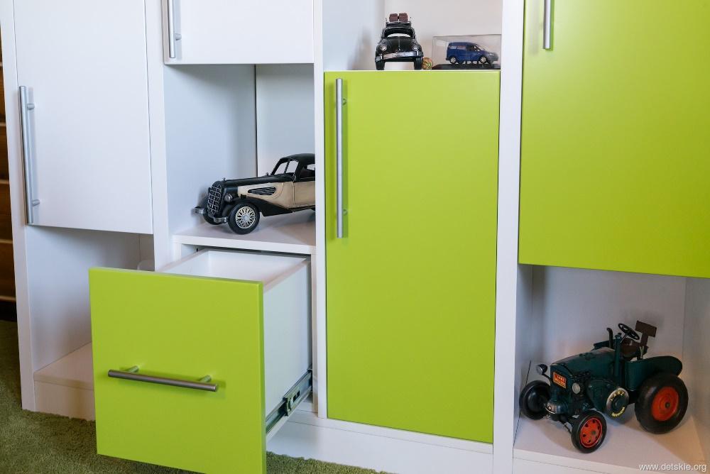 Дизайн комнаты для мальчиков-подростков на двоих 43