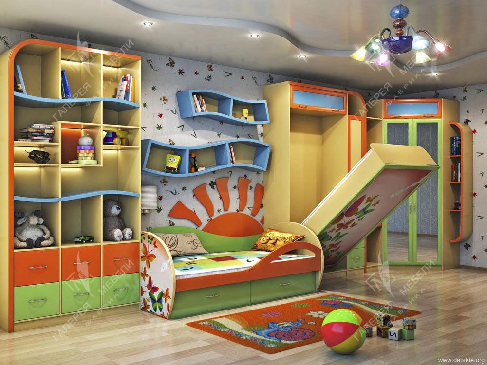 Мебель для детской комнаты для двоих детей разного возраста.